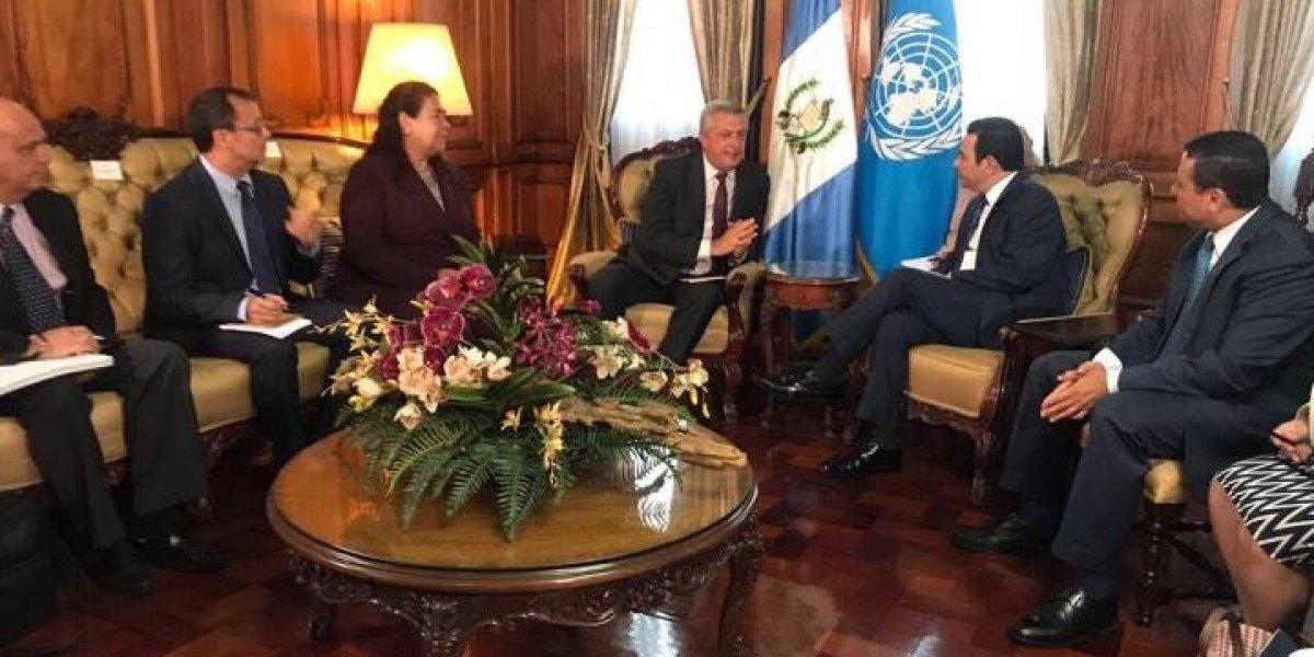 Presidente recibe en el Palacio Nacional al Alto Comisionado de la ONU para los Refugiados