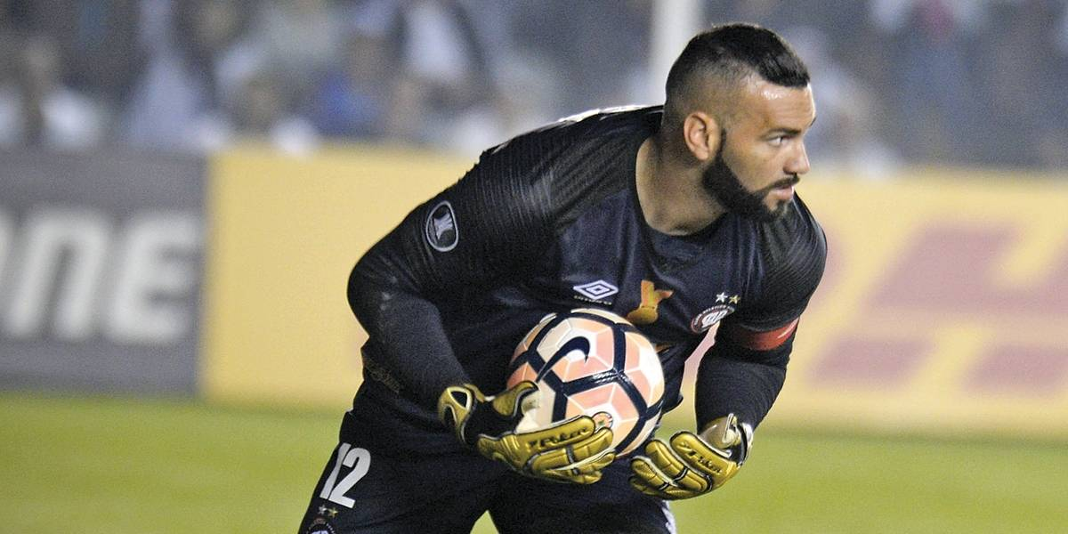 Palmeiras fica perto de anunciar Weverton