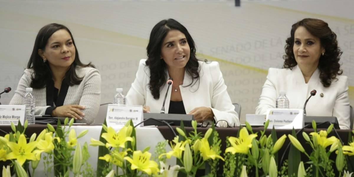 Niega Alejandra Barrales desbandada de diputados del PRD