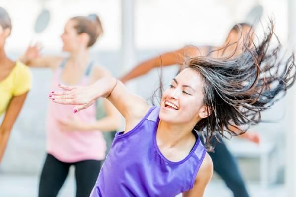 Los trucos para bailar los ritmos latinos prohibidos en Irán
