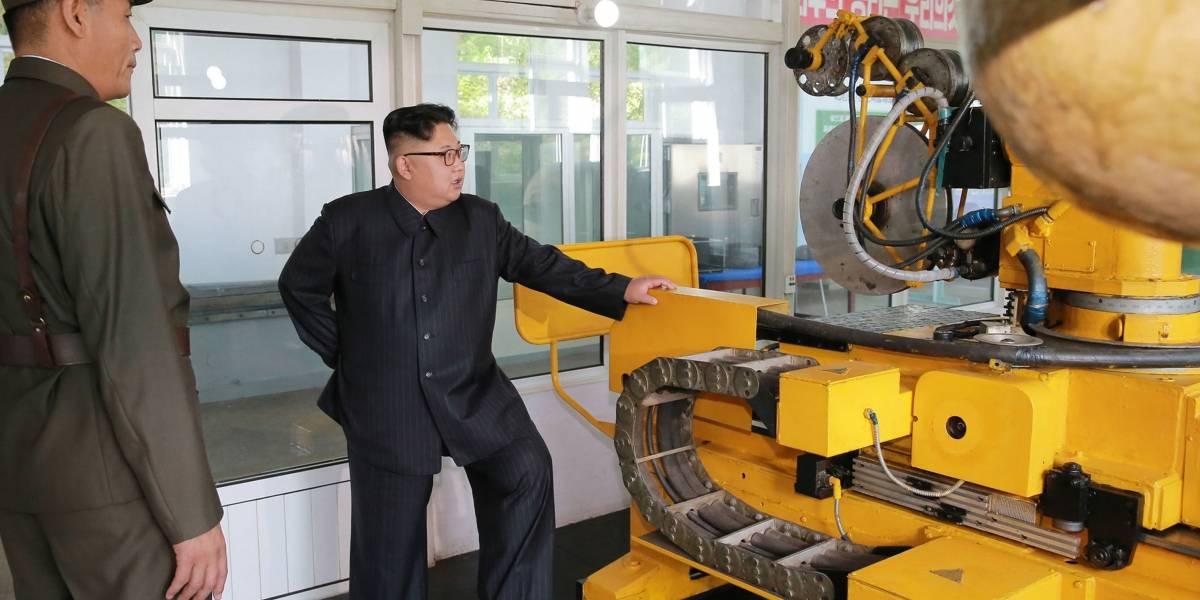 Líder de Corea del Norte ordena ampliar producción de motores de cohetes y ojivas nucleares
