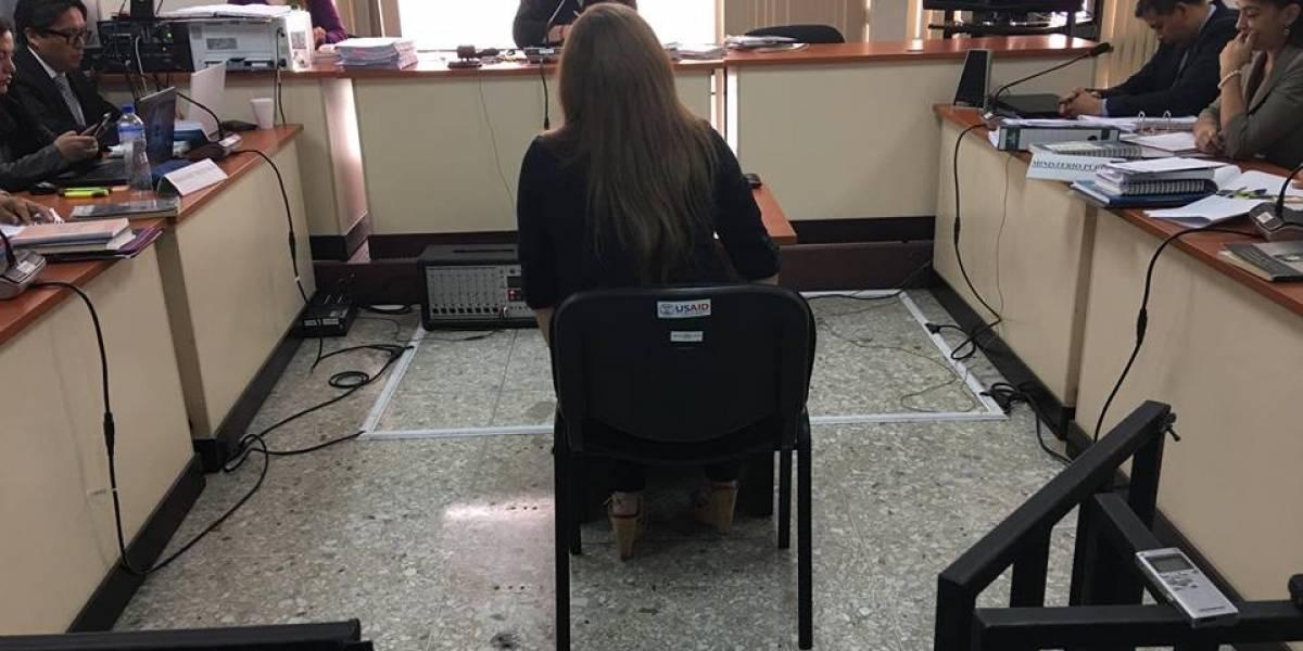 """""""Me depositaban dinero"""", declara exempleada municipal en audiencia del caso Chicamán"""