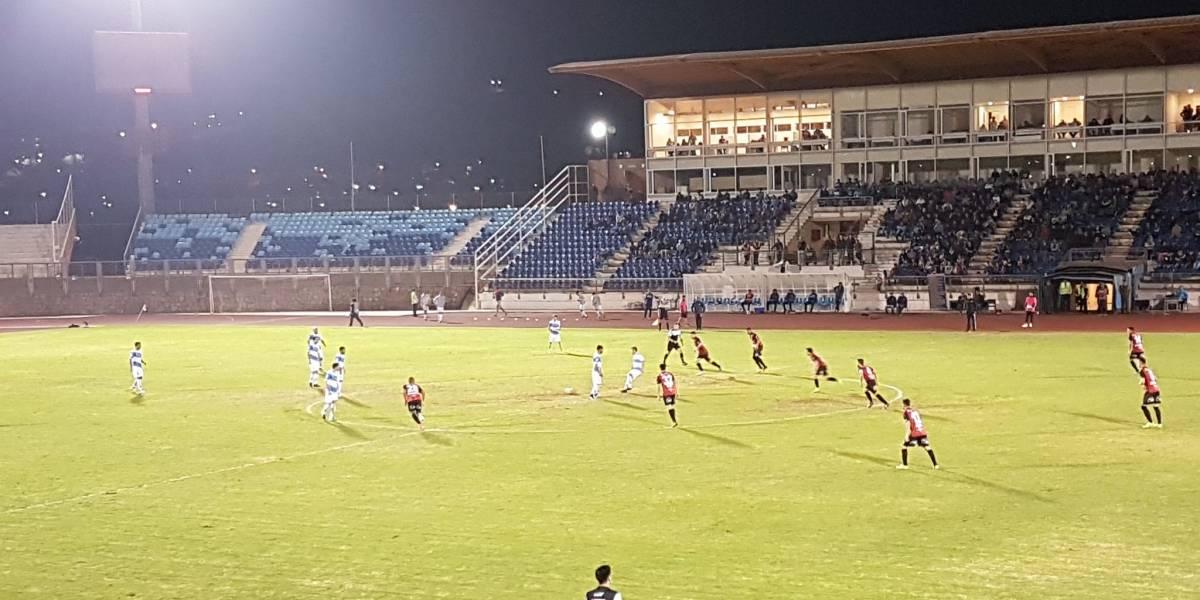 Jugador de Antofagasta está estable tras severa lesión en duelo por Copa Chile