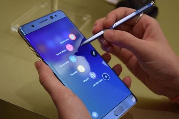 Samsung presenta el Galaxy Note 8 y se sobrepone a la crisis de las baterías