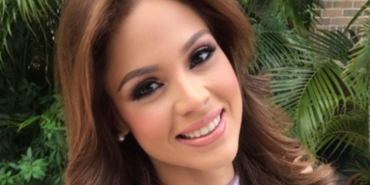 Participante de concurso de belleza venezolano muestra de más en pleno desfile de traje de baño