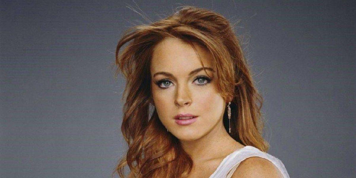 VIDEO. Golpean a Lindsay Lohan por intentar llevarse a unos niños refugiados