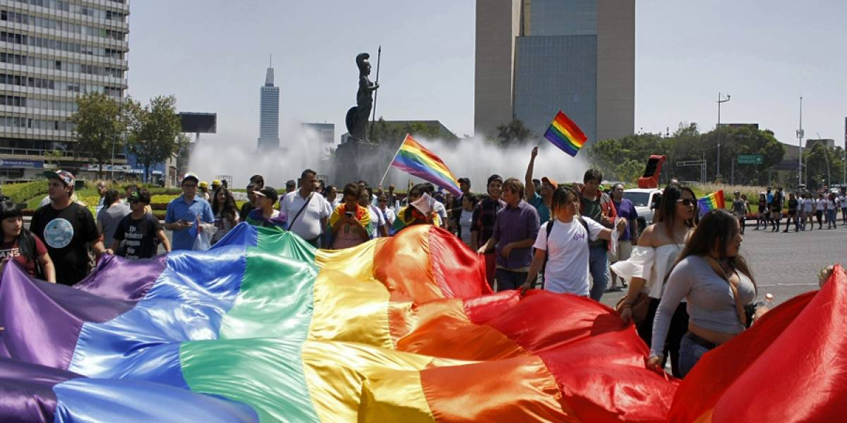 Senado garantiza derechos en seguridad social para matrimonios del mismo sexo