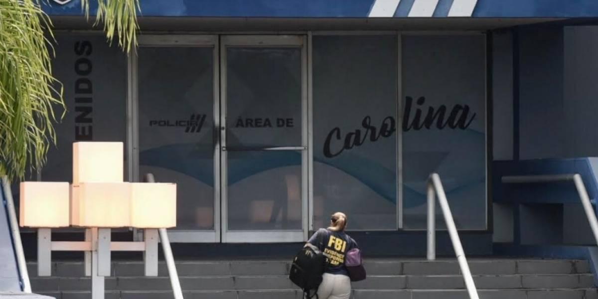 FBI allana comandancia de Carolina