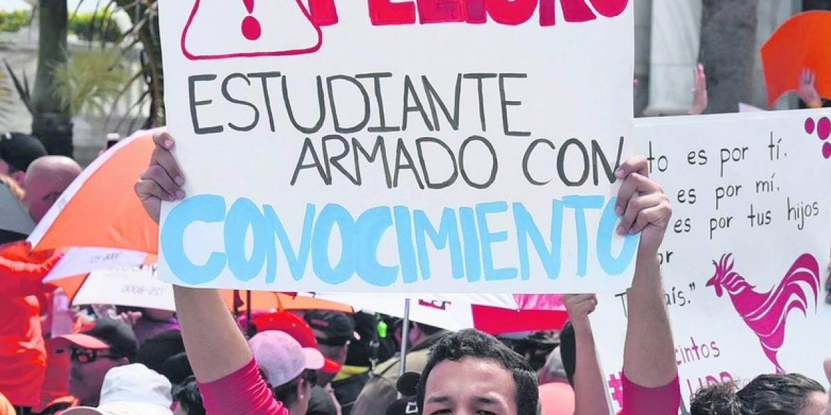 Letra muerta en UPR certificación que pone tope al salario presidente