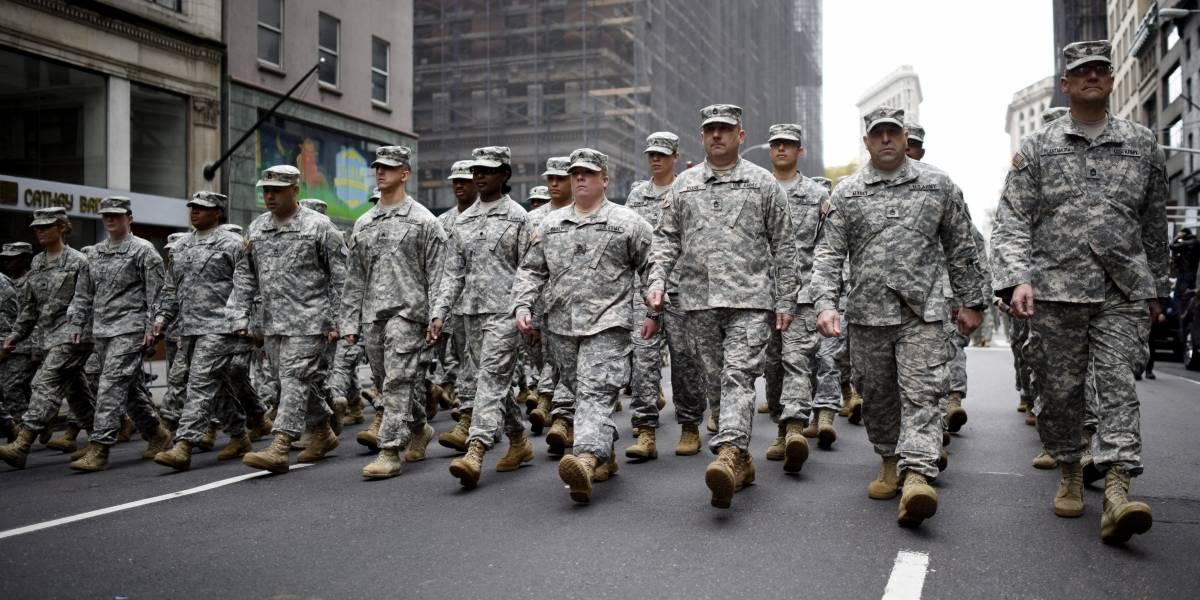 Trump da tiempo al Pentágono para implementar prohibición a transexuales