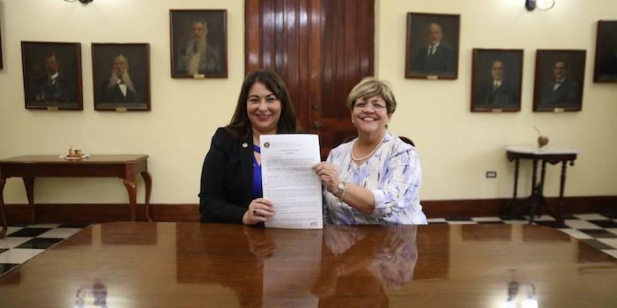 ASSMCA y el municipio de Ponce firman acuerdo a favor de las personas sin hogar