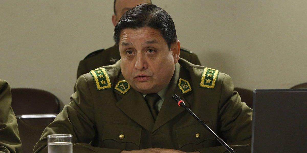 Palabras cruzadas entre subdirector de Carabineros y Karla Rubilar por prohibición a carabineras de amamantar