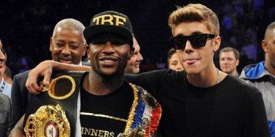 Justin Bieber se aleja de Floyd Mayweather y este lo llama