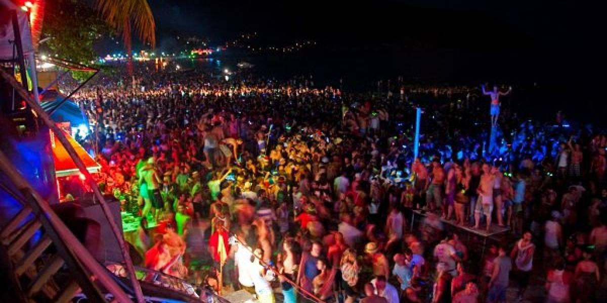 27 000 dólares anuales a quien desee irse de fiesta alrededor del mundo