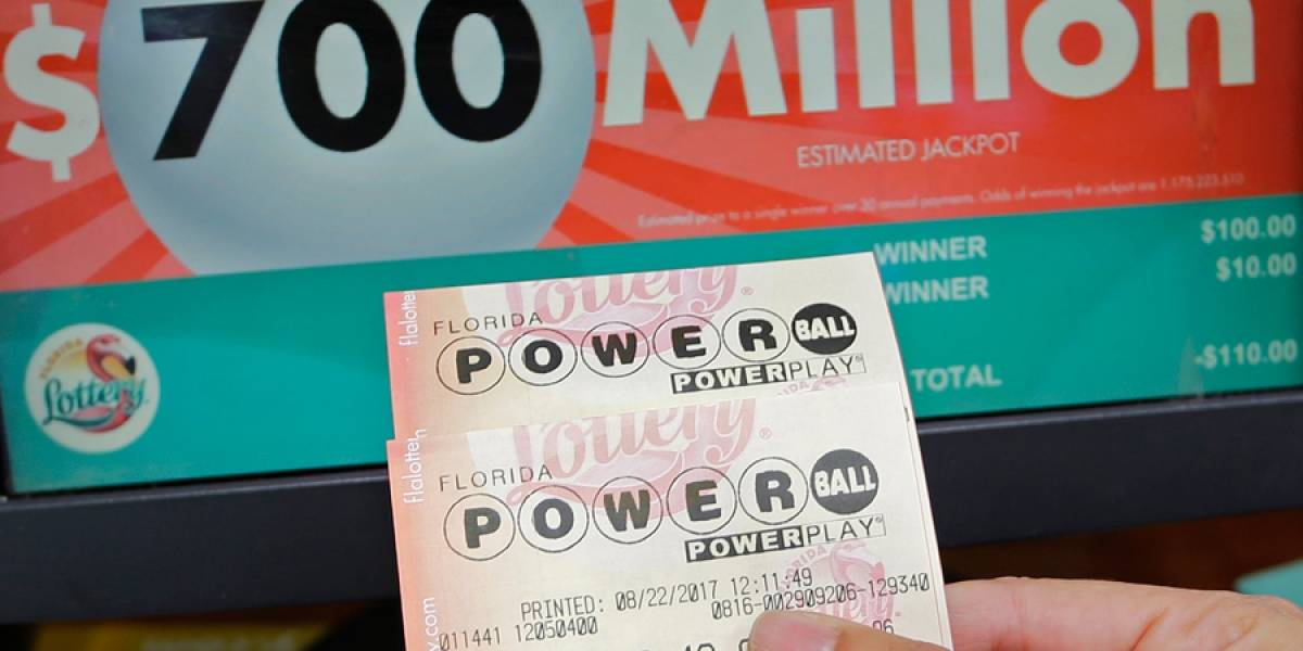VIDEO. Empleada de hospital se gana los 758 millones del Powerball