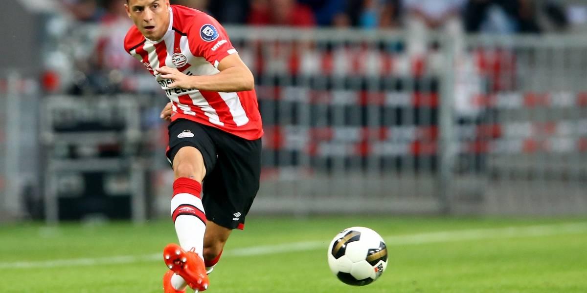 Santiago Arias empieza a presionar para irse del PSV
