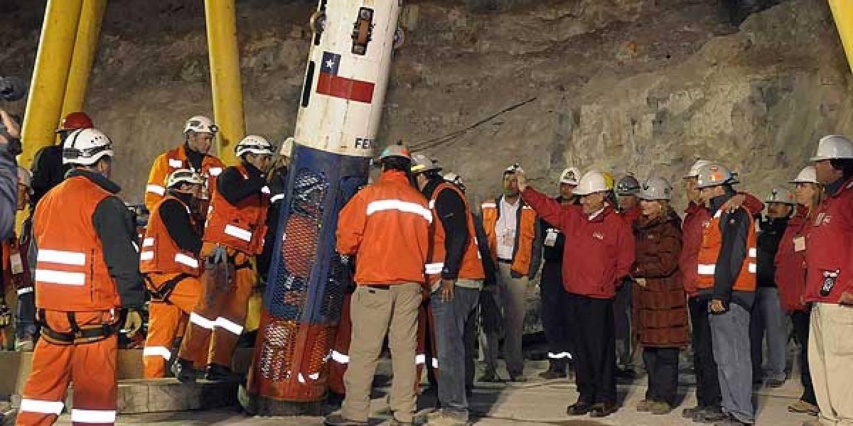 Minero de los 33 atrapados en Atacama está recluido en siquiátrico