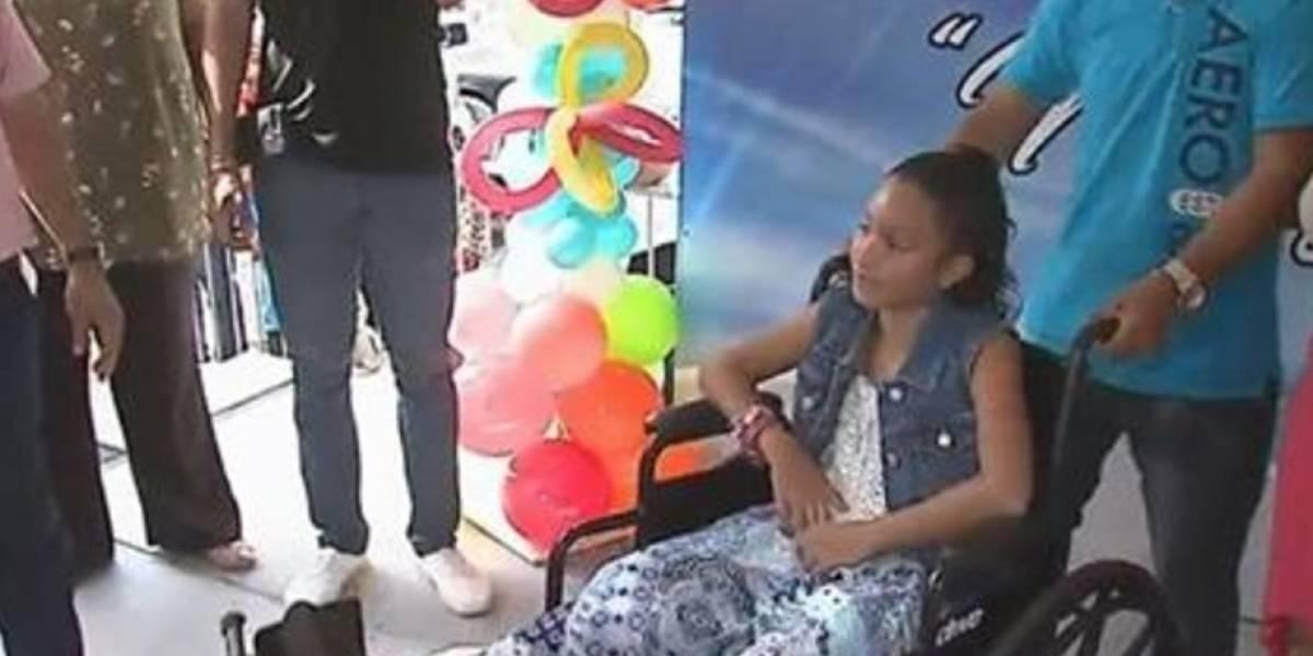Emotivo recibimiento a niña sobreviviente tragedia en Dorado