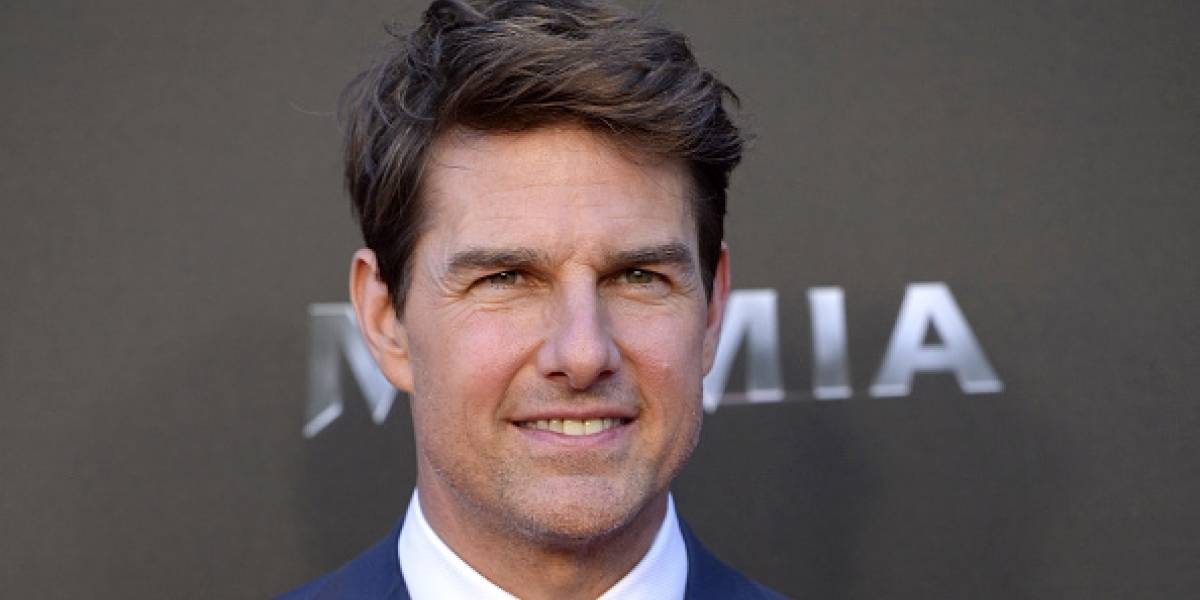 Voluptuoso trasero de Tom Cruise causa controversia