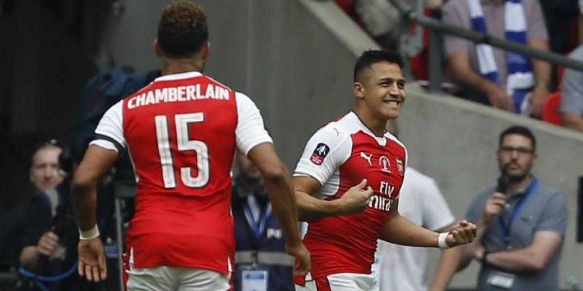 El Arsenal de Alexis quedó en un grupo accesible y se proyecta en la Europa League