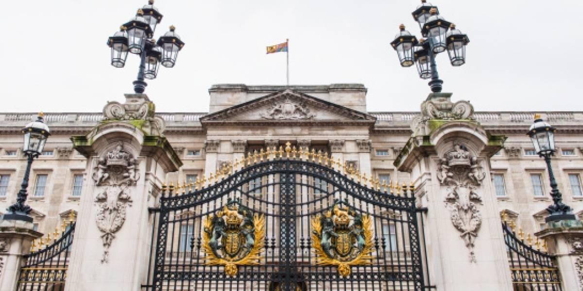Reino Unido: un detenido por agresión a dos policías frente al palacio de Buckingham