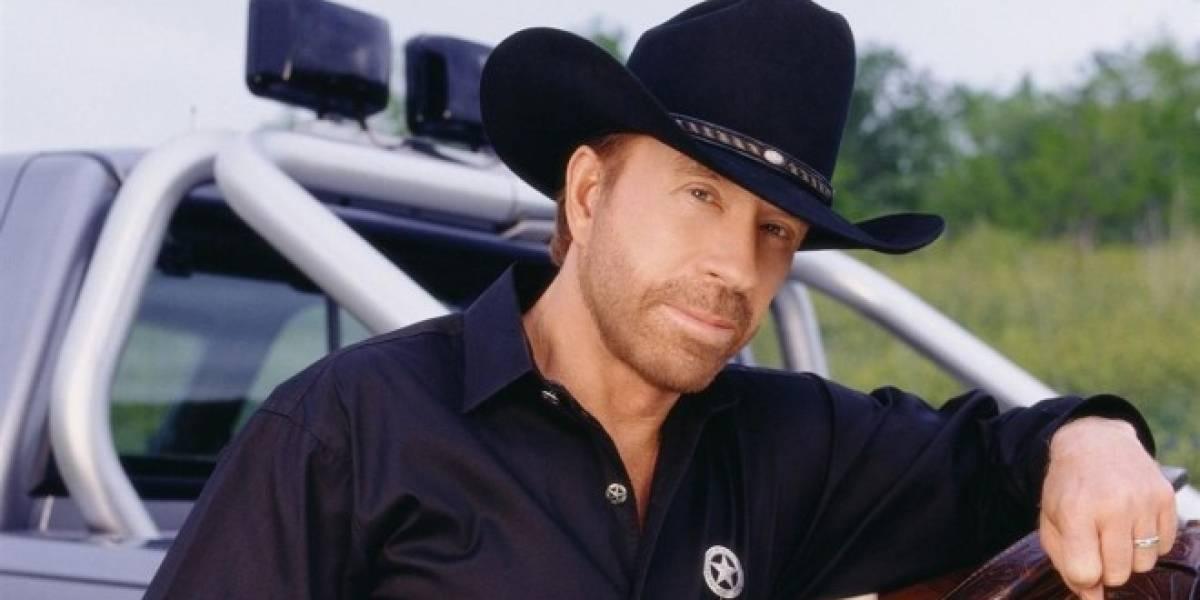Chuck Norris es un sobreviviente a dos paros cardíacos en un día