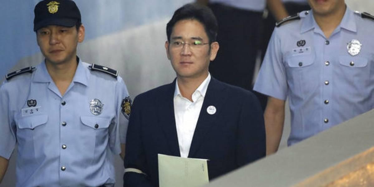 Jay Y. Lee, vicepresidente de Samsung, condenado a 5 años de prisión