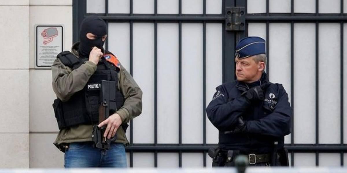 Abatido un hombre en Bruselas después de agredir a dos policías con un cuchillo