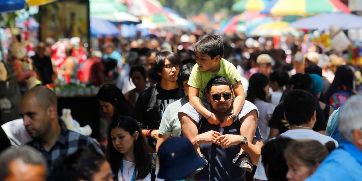 Balance del INE: nacen menos chilenos, tenemos menos hijos, bajan los matrimonios y suben los fallecimientos