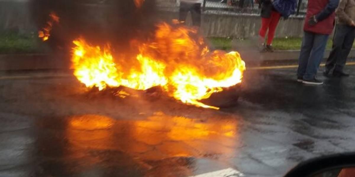 Paralización de transportes genera incidentes en Quito