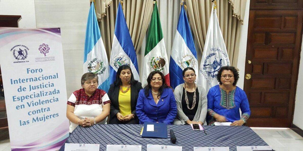 Abordan avances de la justicia especializada en delitos de femicidio y violencia contra las mujeres