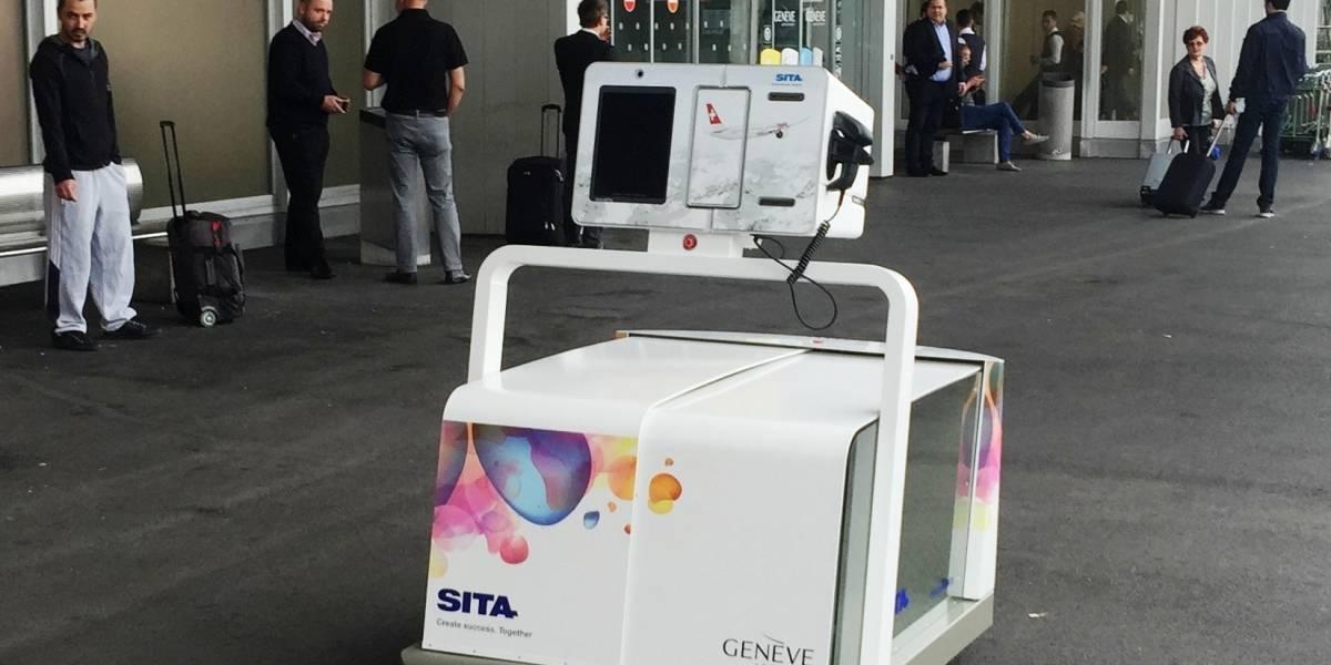 Leo: el nuevo robot del aeropuerto de Santiago