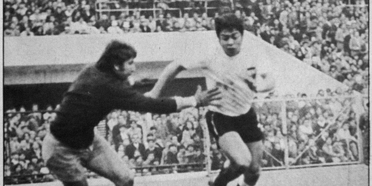 Comparan el penal perdido de Messi con el de Caszely el 82'