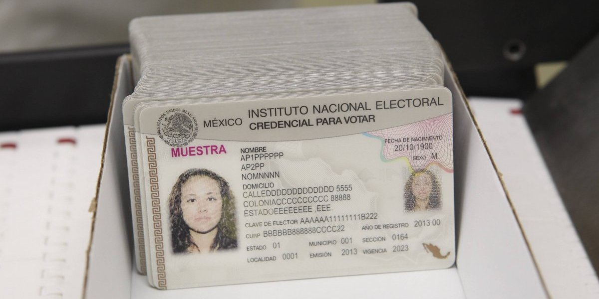 Así podría ser la nueva credencial para votar del INE