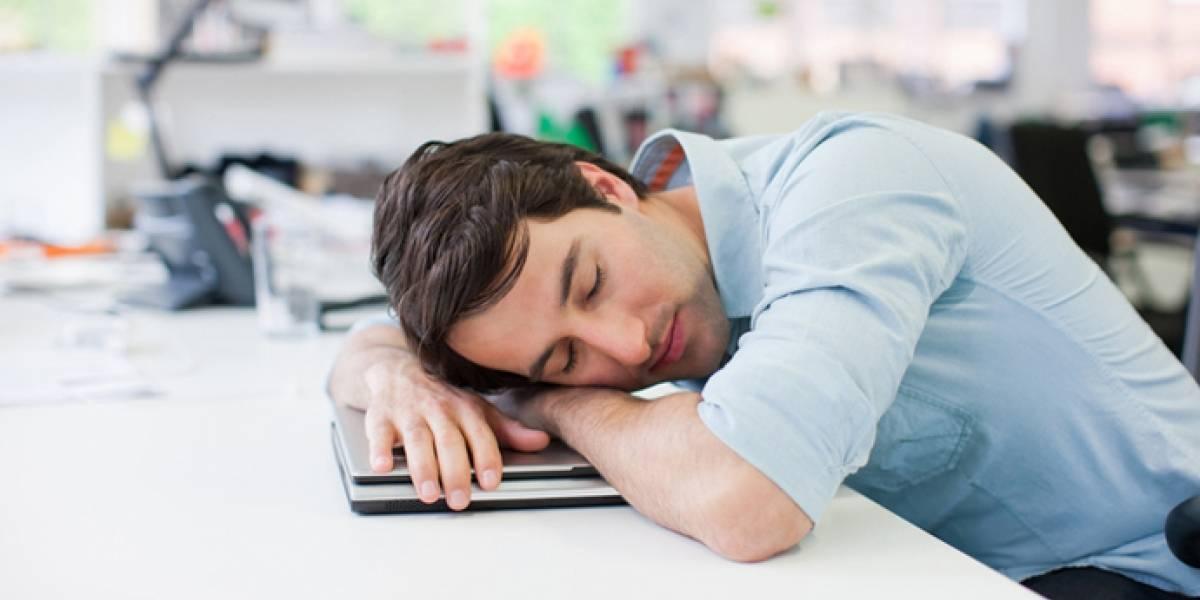 Pídale a su jefe que lo deje dormir: científicos revelan cuál es el mejor horario para hacer la siesta