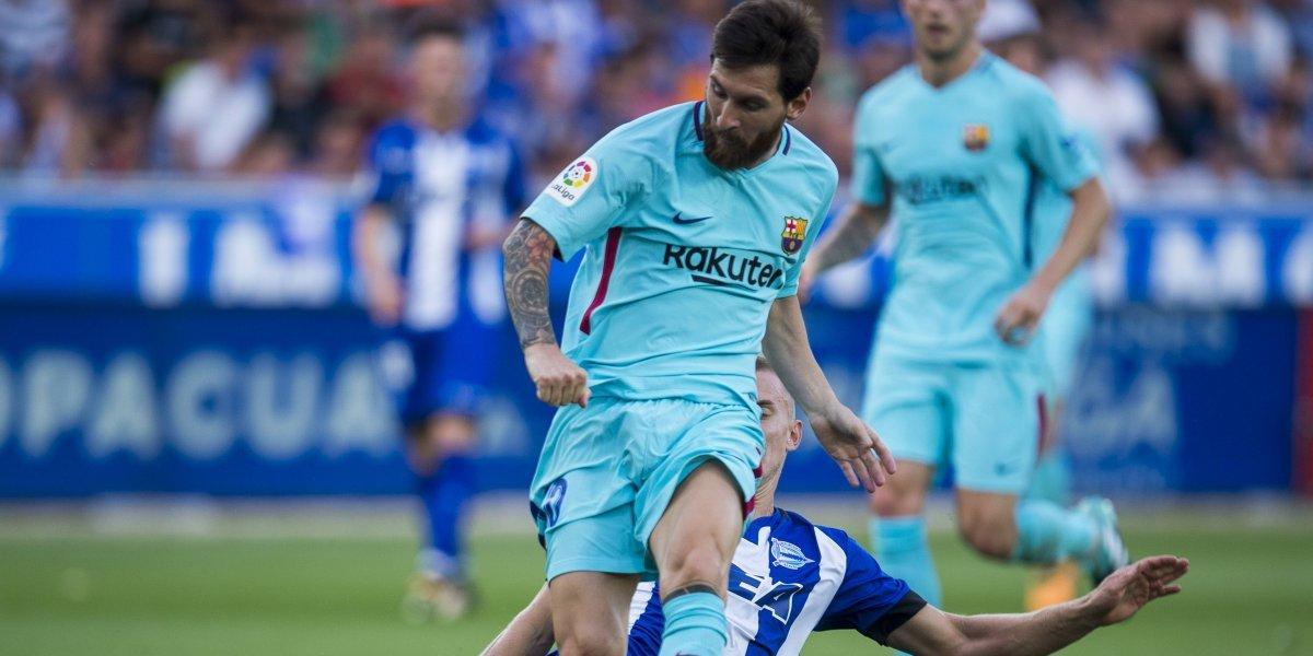 Barcelona vence al Alavés en liga de España