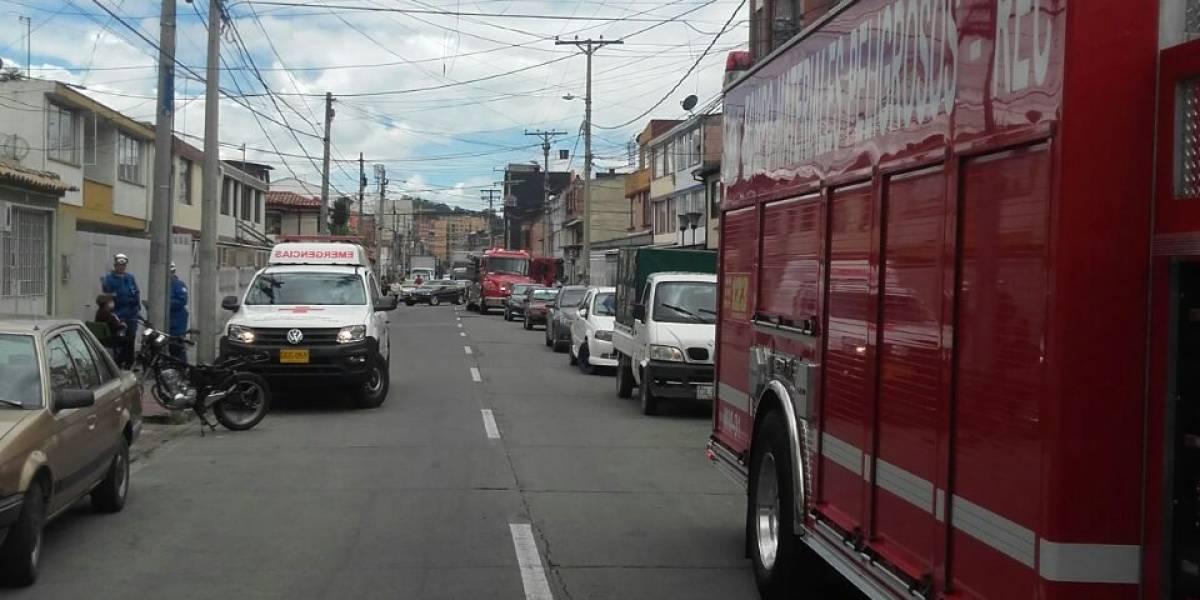 Pánico en el norte de Bogotá por carro que se incendió