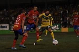Julián Priego deja en el camino a Blas