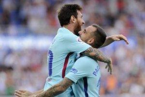 Messi celebra con Alcácer