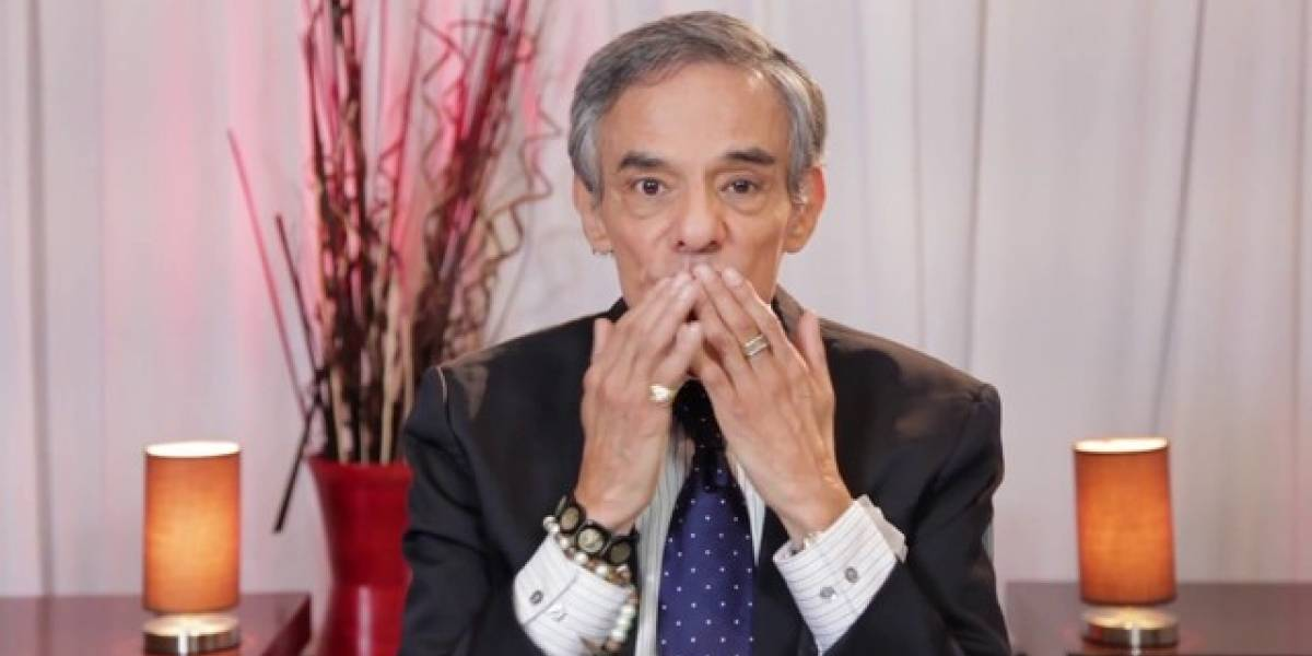 'Vanity Fair' rinde homenaje a José José