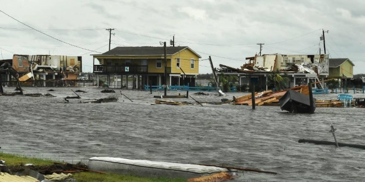 """Huracán Harvey deja al menos cinco muertos y """"catastróficas"""" inundaciones en Houston"""