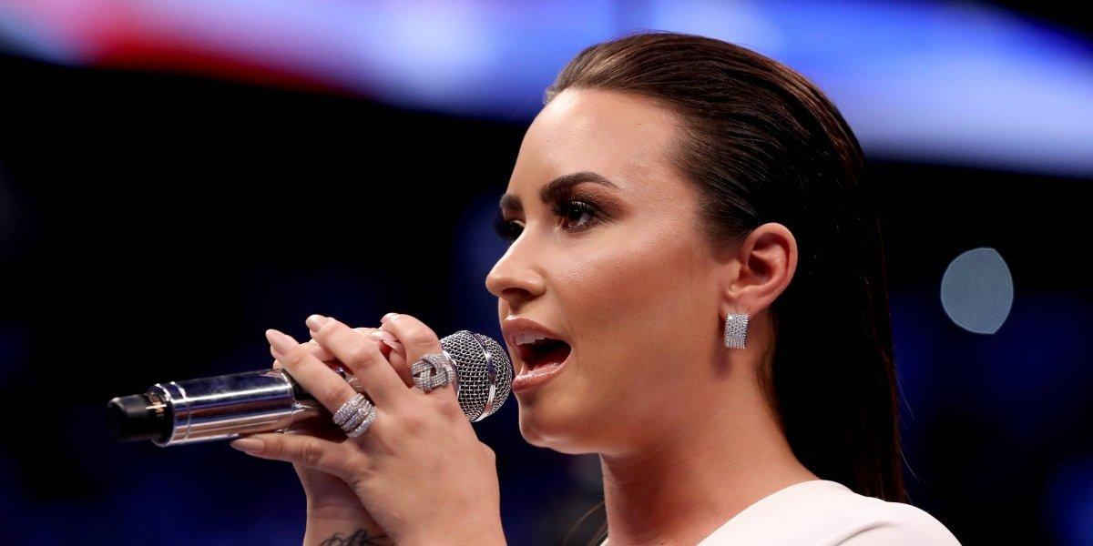 Mira la participación de Demi Lovato en la pelea entre McGregor y Mayweather