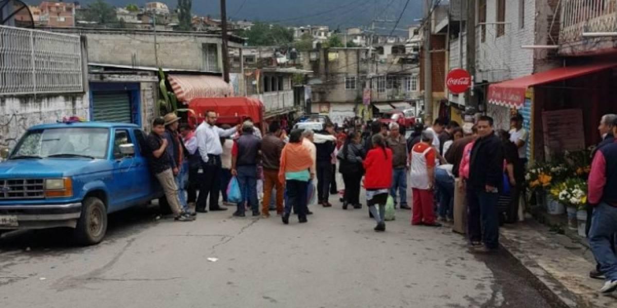 Camioneta atropella a ocho personas en Edomex