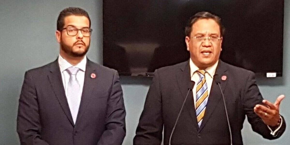 Medida eliminaría contratos de miembros del PFEI con agencias de gobierno y municipios