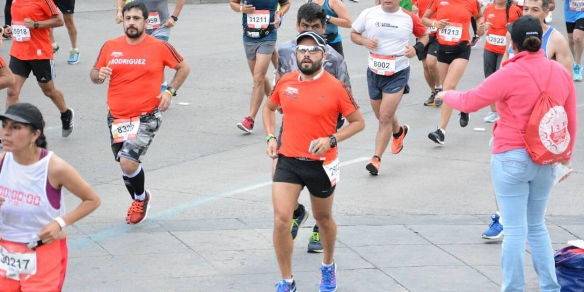 Diputado local corre Maratón de la CDMX en cuatro horas