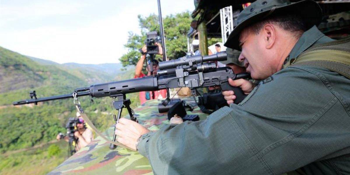 """""""¡Somos atacados por fuerzas enemigas!"""": Venezuela realiza ensayo militar por posible ataque de EEUU"""