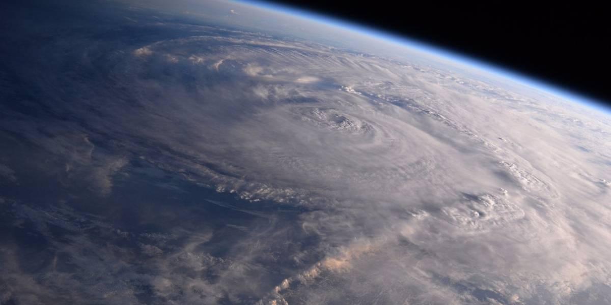 Trump viajará a Texas para atender emergencia por tormenta tropical Harvey