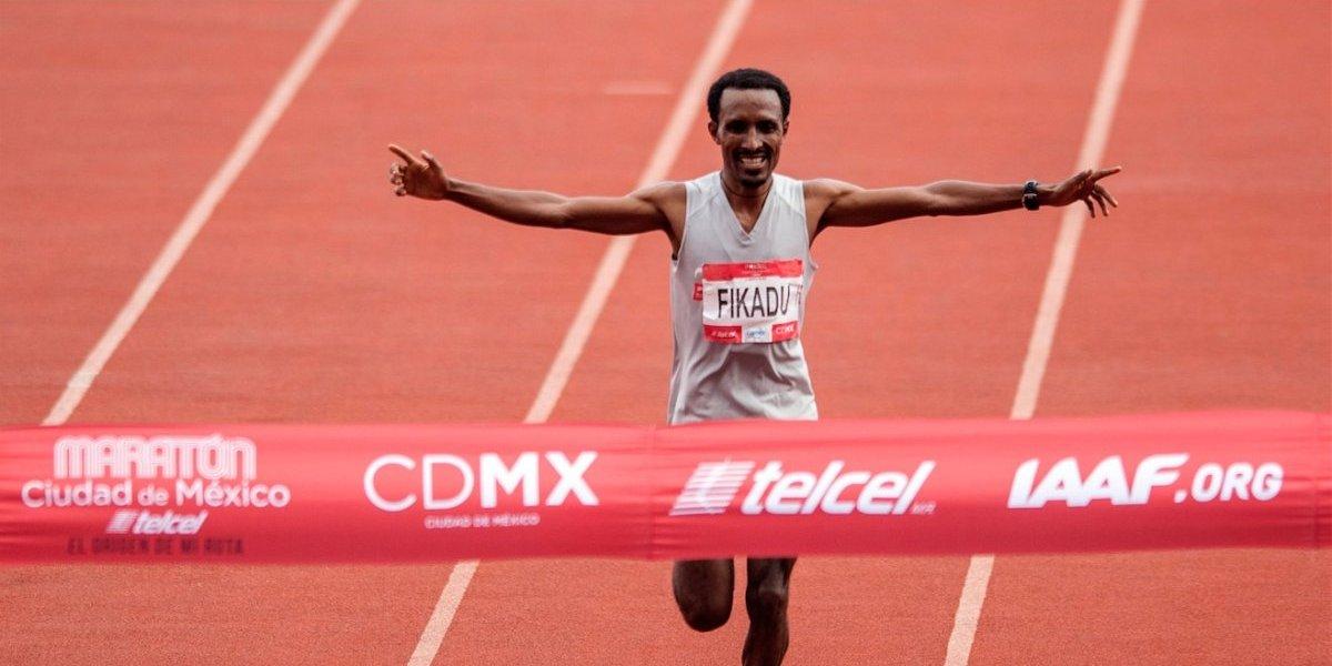 Etíope gana Maratón de la Ciudad de México y Juan Luis Barrios es cuarto