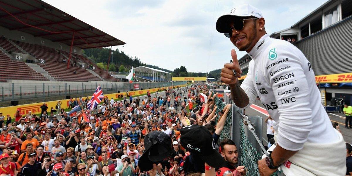 Hamilton gana el GP de Bélgica; Checo fuera de los puntos