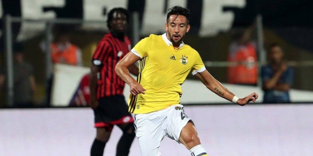 El Huaso Isla celebró por primera vez en la Superliga de Turquía con el Fenerbahçe